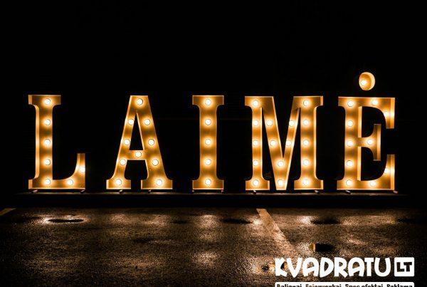 Šviečiančios raidės LAIMĖ